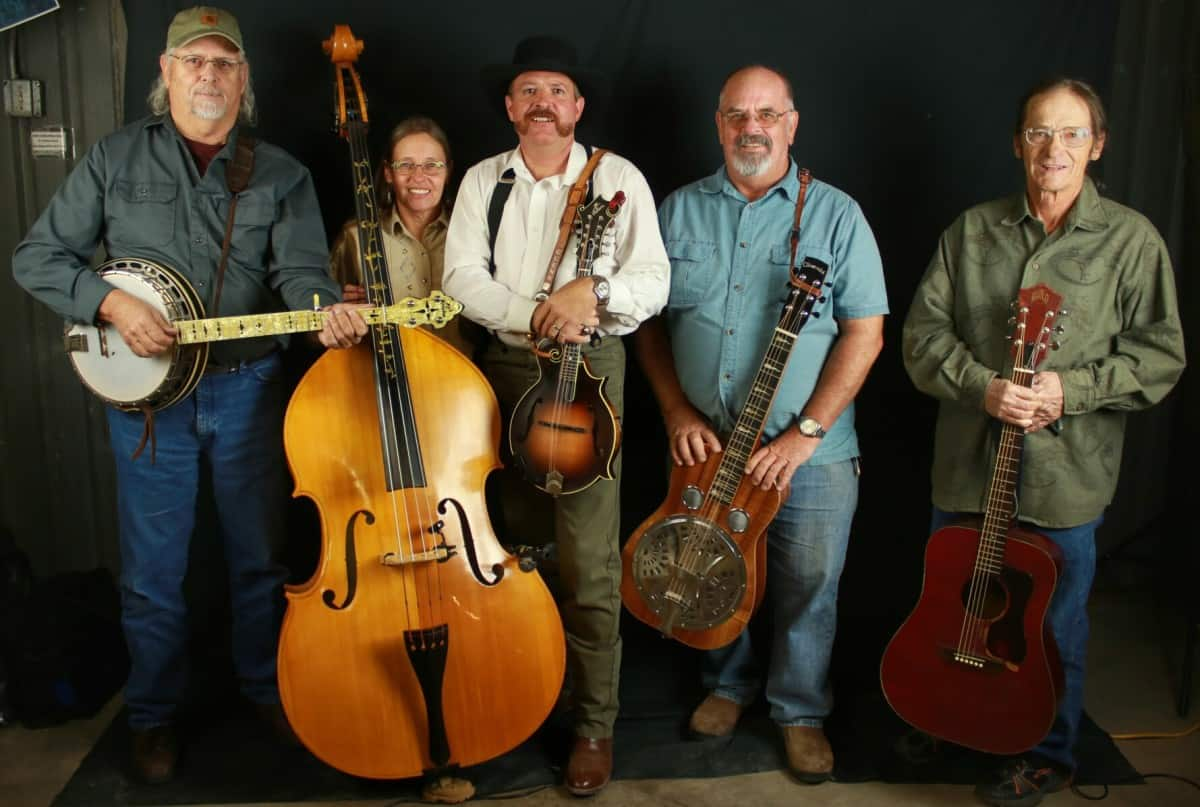 Sawmill Canyon perform Pure Bluegrass